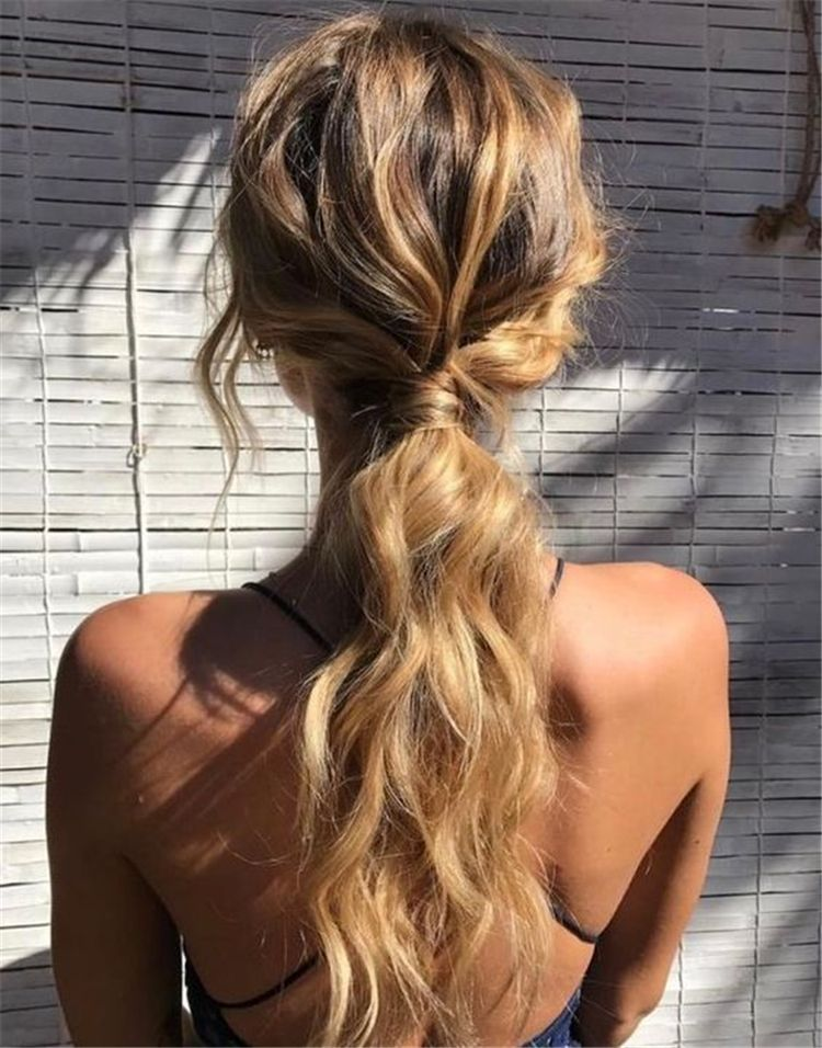 pony tail with curls